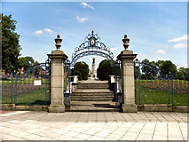 SJ9499 : Ashton-Under-Lyne Memorial Gardens by David Dixon
