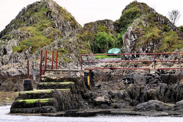 Landing stage, Lighthouse Island near Donaghadee (1)