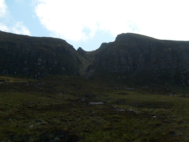 Crevice on the cliffs between Cnoc Carn an Leim & Soc Glas