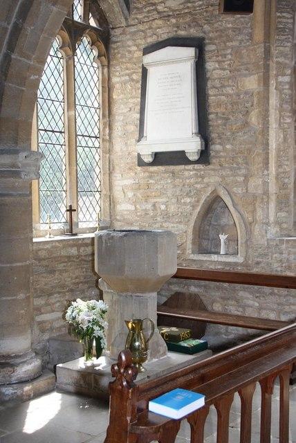 St Mary, Stilton - Font