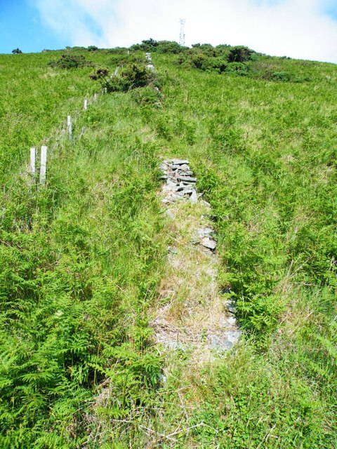 Mast, Corrin's Hill
