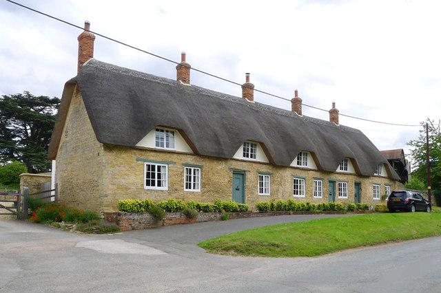 Cottages, Lower Weald, Calverton, Bucks