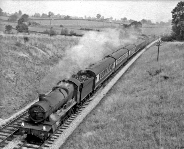 Bristol - Weymouth express approaching Clink Road Junction, Frome