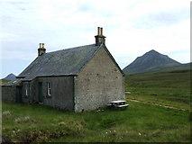 NC9831 : Gobernuisgeach bothy on a fine summer day by Thomas McAlonan
