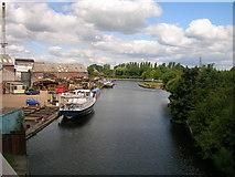 SE5023 : Aire and Calder Navigation, Knottingley by JThomas