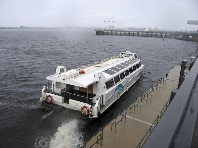 Water bus at Penarth stop