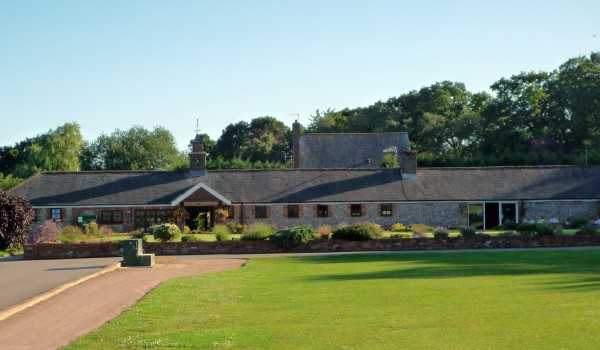 Whipsnade Park Golf Clubhouse