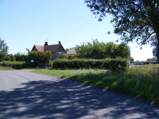 Hilton Road & Hilton End Farm