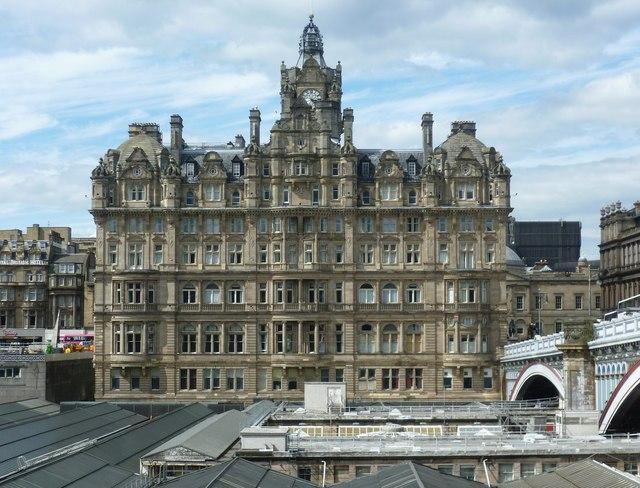 Hotels Near Edinburgh Bus Station
