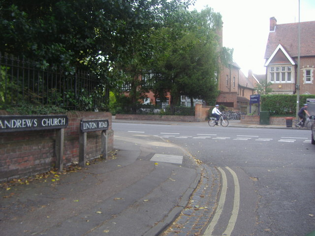 Linton Road at junction of Banbury Road
