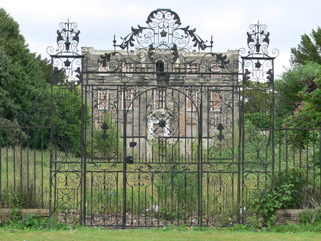 The gates of Scraptoft Hall