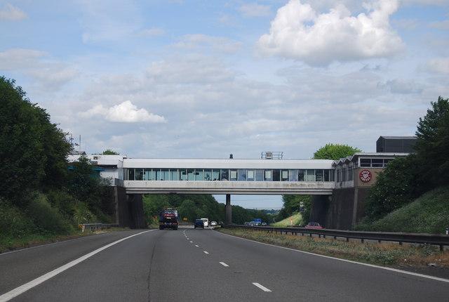 Medway Service Station, M2