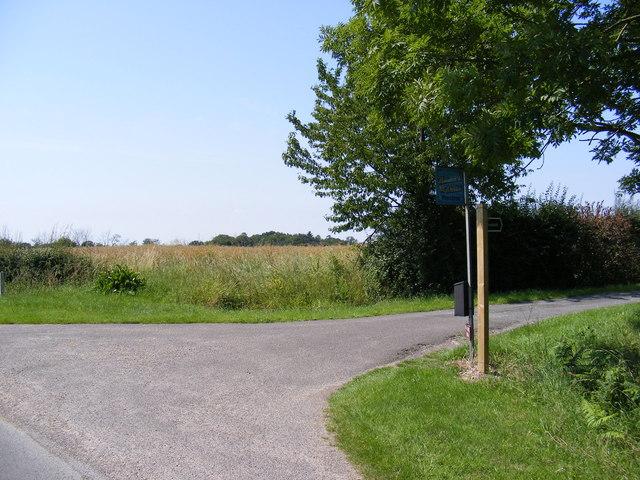 Footpath to Watermill Farm & The Causeway