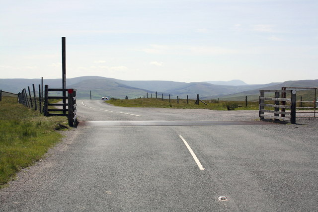 Cattle grid at viewpoint near Bull Bogs