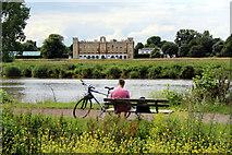 TQ1776 : Tow Path, The River Thames, near Kew, London by Christine Matthews