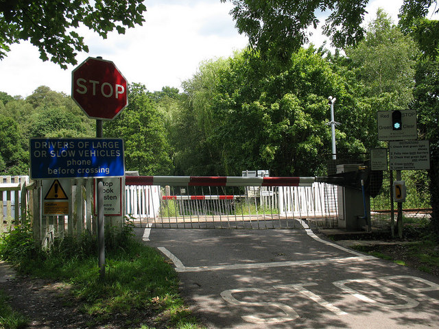 Level crossing at Forge Farm