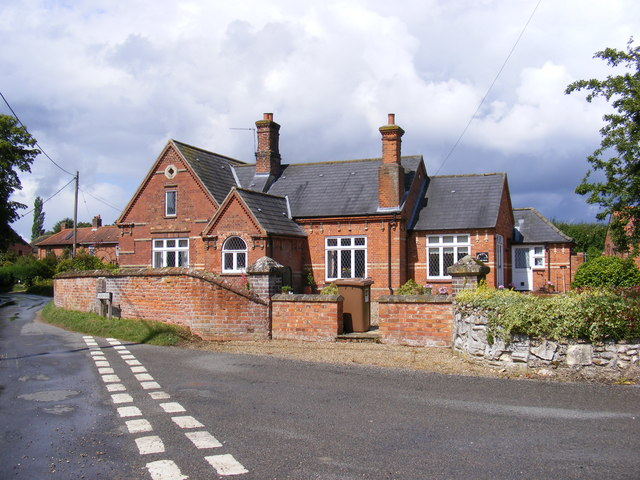 The Old School, Wood Norton