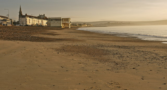 Sunrise on Weymouth beach
