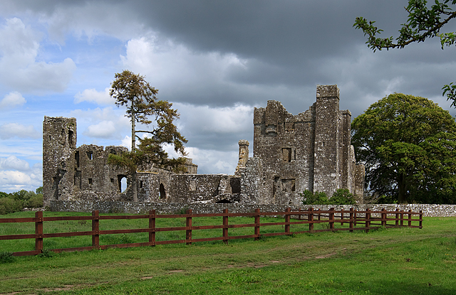 Castles of Leinster: Bective, Meath (1)