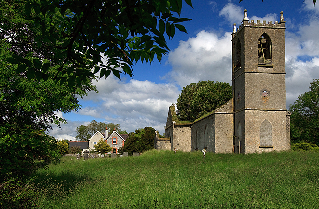 The Old Rectory and ruined church, Deerpark