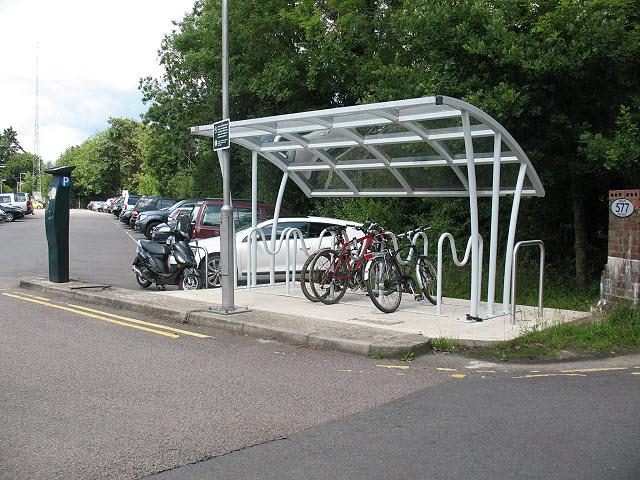 Cycle rack at Eridge station