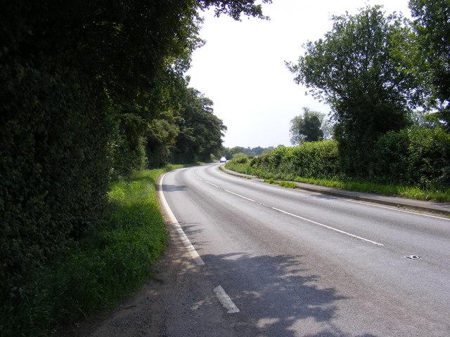 B1122 Abbey Road, Leiston