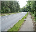 SO2615 : A40 heads away from the Usk valley near Pyscodlyn by Jaggery