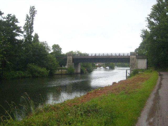 The east bridge over Desborough Cut