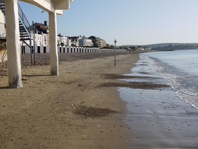 Looking along Weymouth beach towards Greenhill