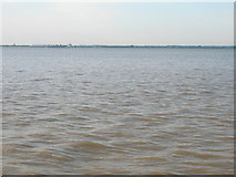 TA0626 : River Humber from Trans Pennine Trail by JThomas