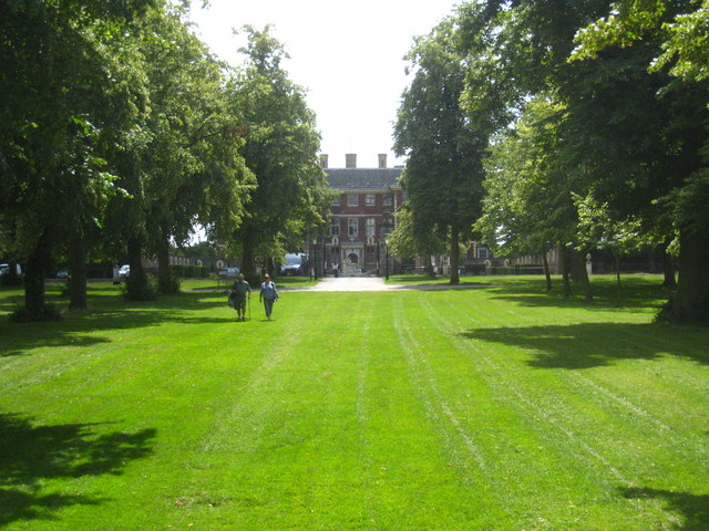 The approach to Ham House from the River Thames