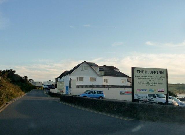 Hayle : The Bluff Inn