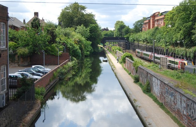 Birmingham and Worcester Canal near Five Ways