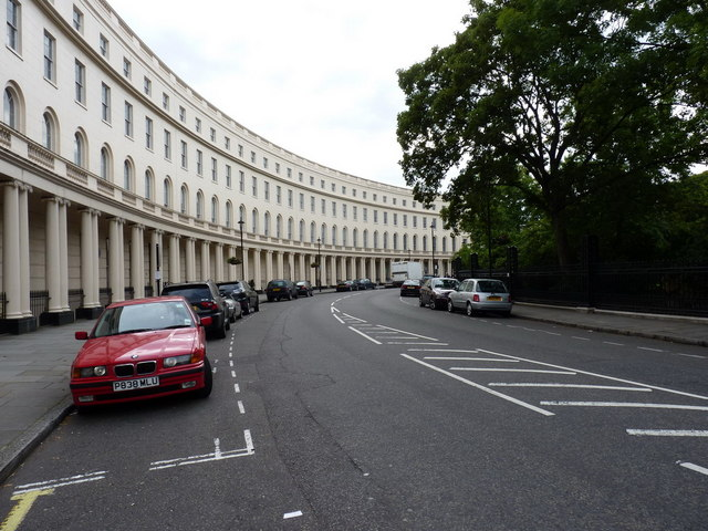 The western 'arm' of Park Crescent