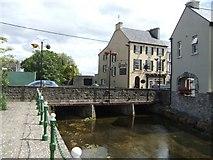 R9194 : Bridge at Borrisokane by John M