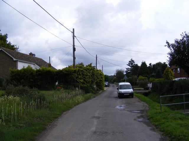 Low Road, Friston