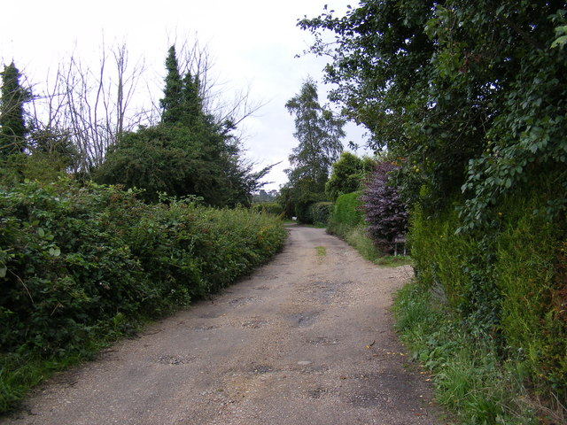 Footpath to the A1094 Aldeburgh Road