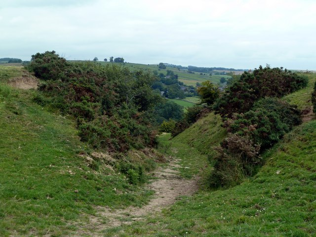 Hollow way footpath