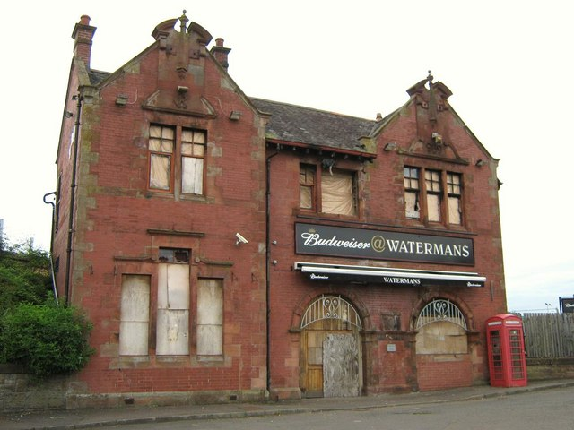 Watermans Pub (derelict)