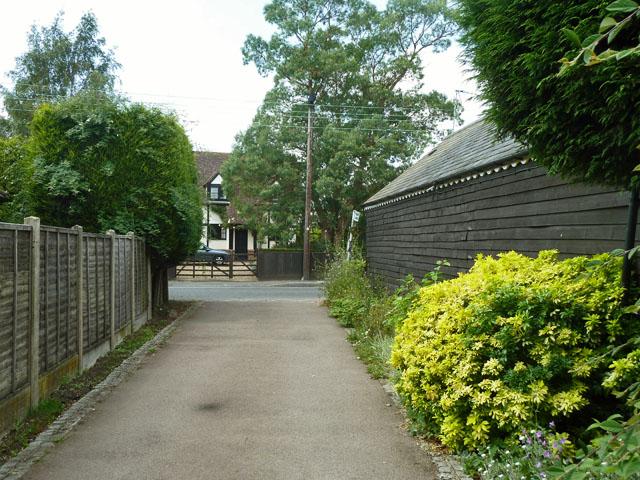 A public footpath meets Main Road, South Street