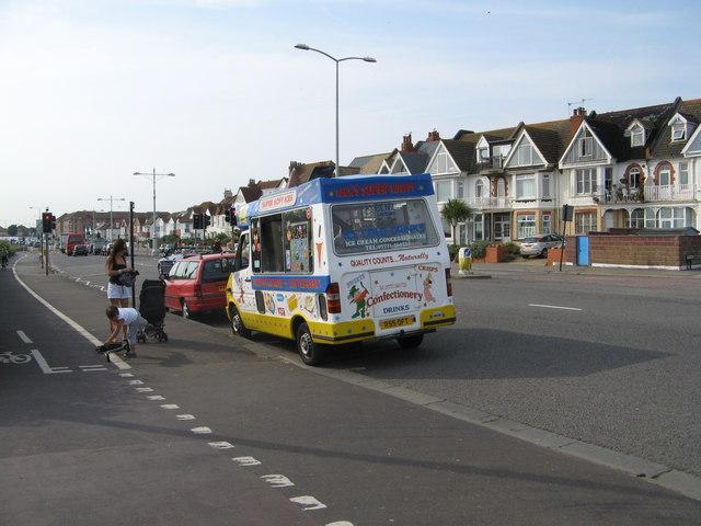 Ice Cream Van along the Kingsway A259