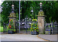 NS5862 : Queens Park Gates by Thomas Nugent