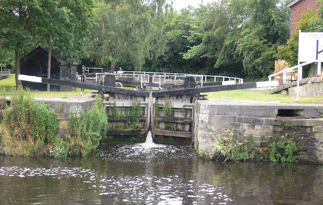 Double Lock (Lower Lock) 13 from below