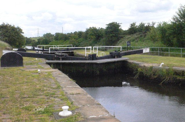 Figure of Three Lower Lock 12 from above