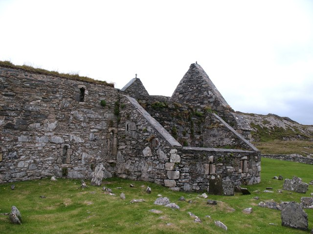 Oronsay Priory - south side