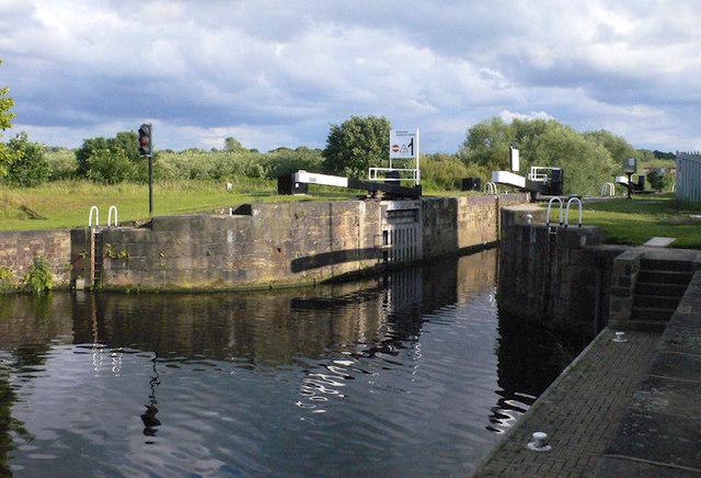Broadreach Lock from below