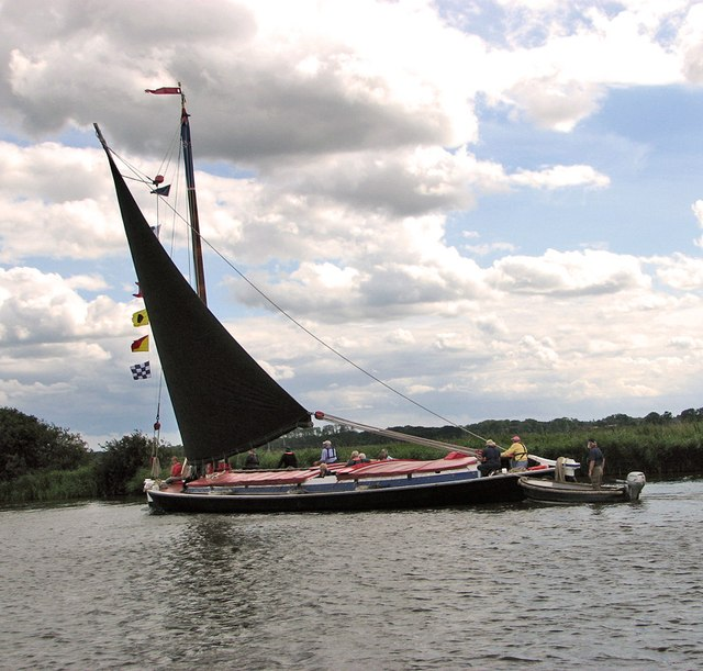 Wherry Albion approaching St Benets Abbey