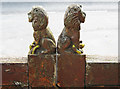 SO8674 : Lions on the entrance gates to churchyard of St. Mary's Church, Stone Hill, Stone by P L Chadwick