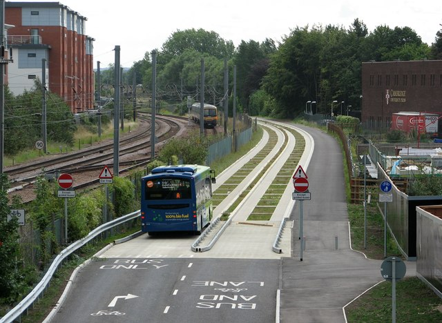 Joining the guided busway