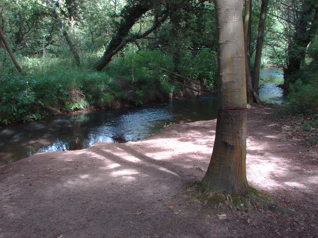 The Hoe Stream, Woking